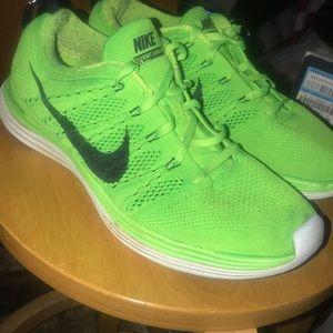 Nike Flyknit Lunar 1 Shoes